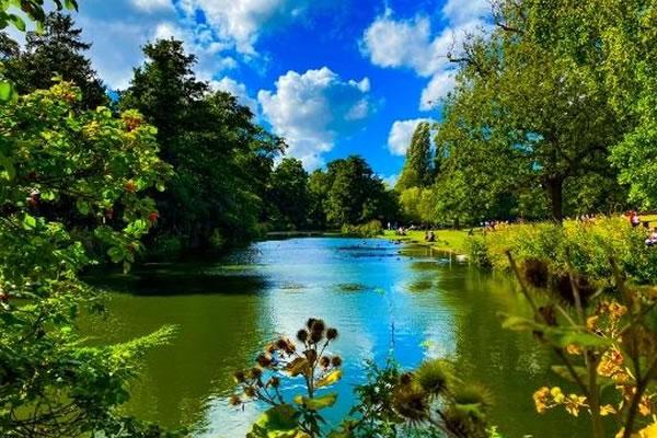 Lakes in London